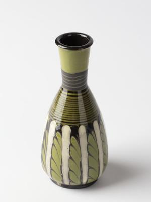 Vase; c 1900; 2000/0175