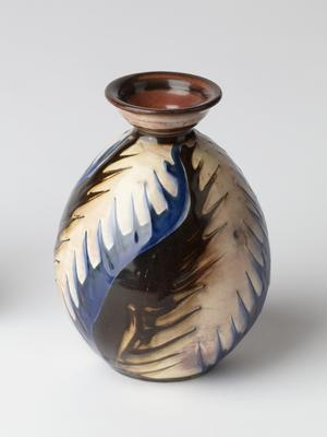 Vase; c 1900; 2000/0174