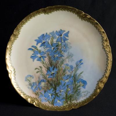 Plate with Leschenaultia decoration; c 1920; 2012/0033
