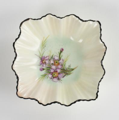 Pin dish with Geraldton wax decoration